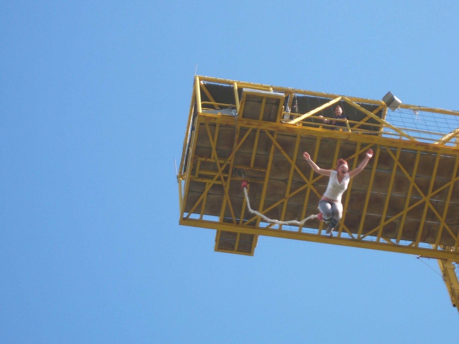 What is it like to do a bungee jump?