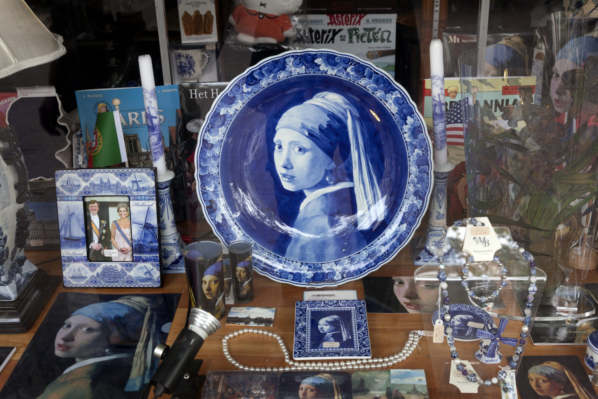 The Girl with the Pearl Earring plate, Den Haag